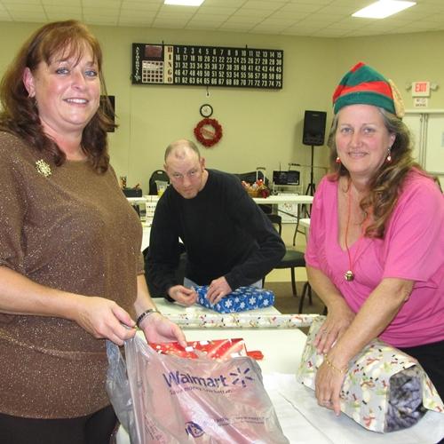 christmas-helpers